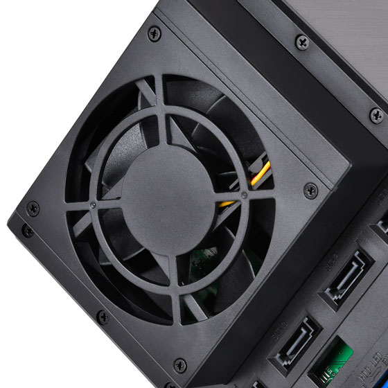 Built-in cooling fan for excellent heat dissipation